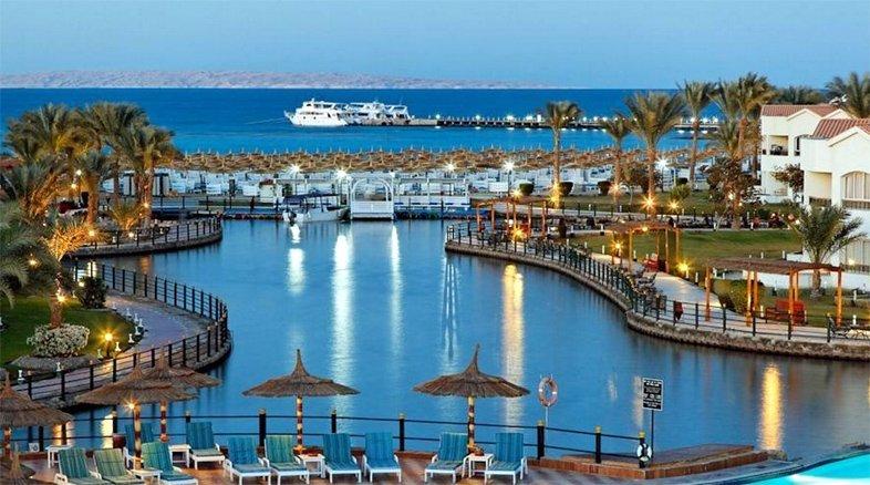 Вечернее море на Египетском курорте