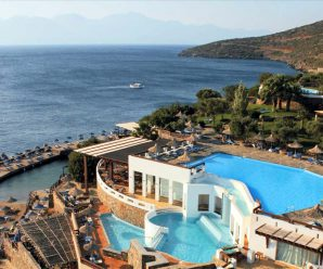 В Греции введен туристический налог с туристов.