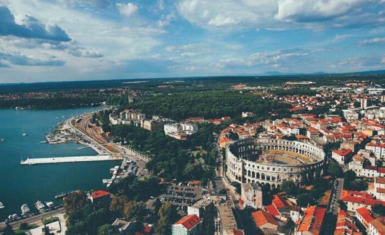город Пула - Хорватия