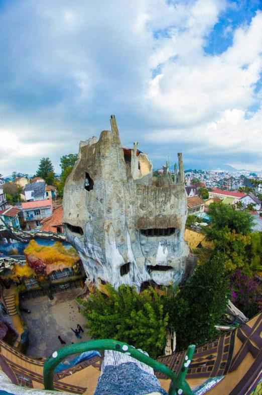 Вьетнам отель Крейзи хаус Далат