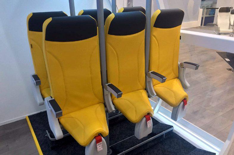 кресло Skyrider для стоячего места всамолете