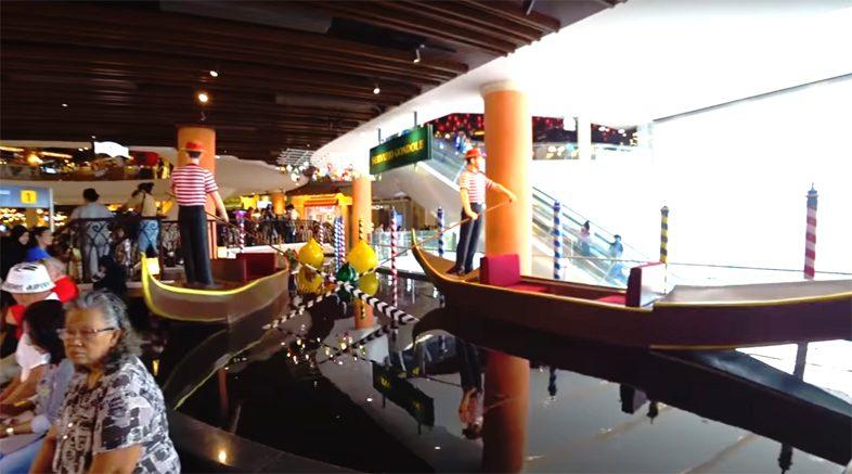 Открылся торговый центр Терминал 21 в Паттайе.