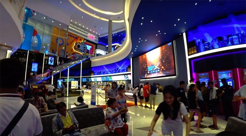 Терминал 21 торговый комплекс в Паттайе