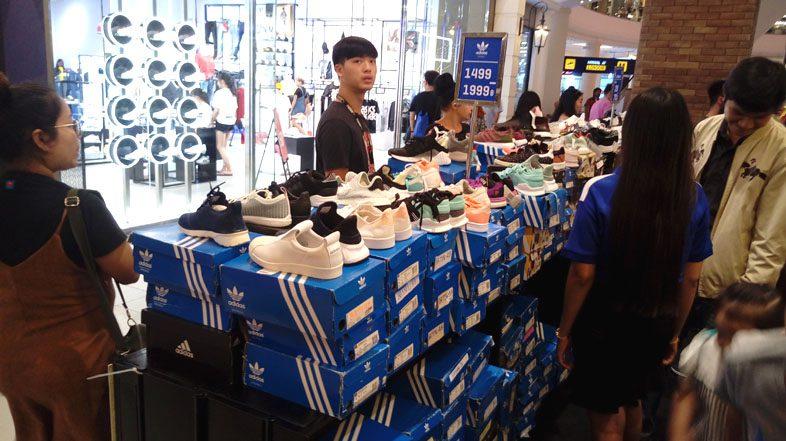 Распродажи обуви в Тайланде