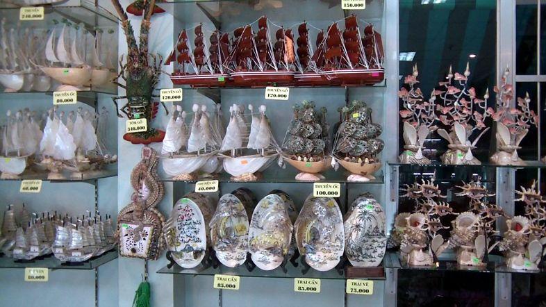 Сувенирная лавка в Нячанге