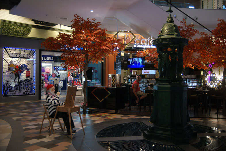 Терминал 21, первый этаж - Париж