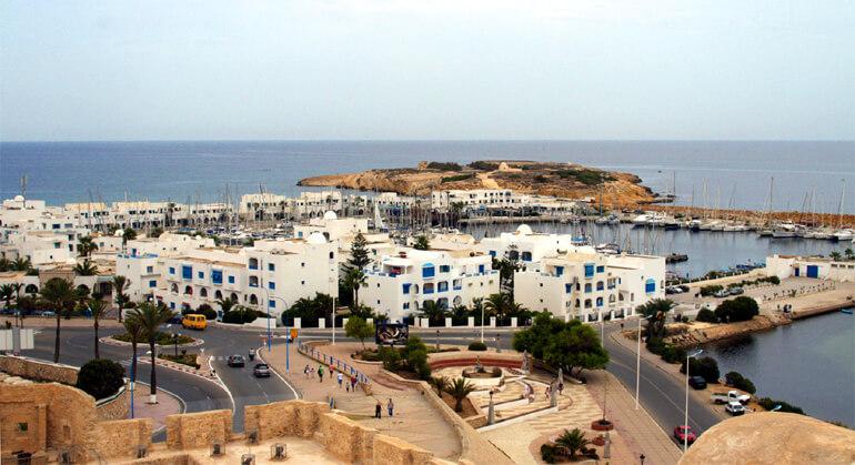 Тунис. Город-курорт Монастир