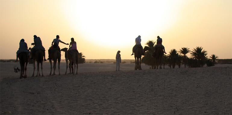 Тунис. Закат в пустыне Керкуан